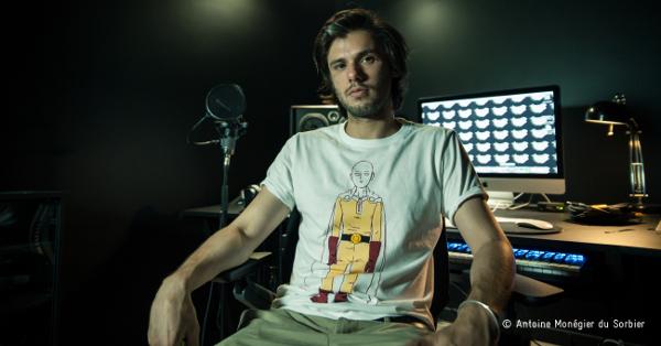Orelsan en studio d'enregistrement