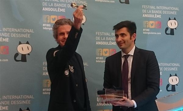 Cosey et le maire d'Angoulême lors de la cérémonie des clefs
