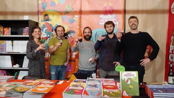 (De gauche à droite) Léa Jaillard, Pep Brocal (auteur), Artur Laperla (auteur), Bazil (auteur) et Stéphane Corbinais